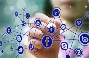 האם ואיך משפיעה הפעילות בפייסבוק על הקידום האורגני בגוגל